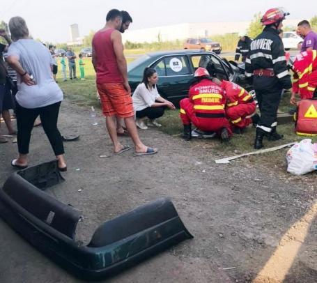 Accident cu patru victime la ieşirea din Salonta spre Arad (FOTO)