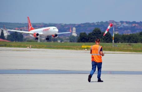 Consiliul Local pune la bătaie un milion de euro pentru atragerea de curse pe Aeroportul Oradea