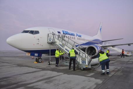Blue Air reduce semnificativ zborurile pe ruta Oradea – Bucureşti
