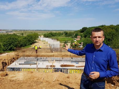 Drumul rapid dintre strada Suişului şi ieşirea din Oradea spre Biharia, realizat în proporţie de 50%. Imagini în premieră de pe şantier (FOTO / VIDEO)