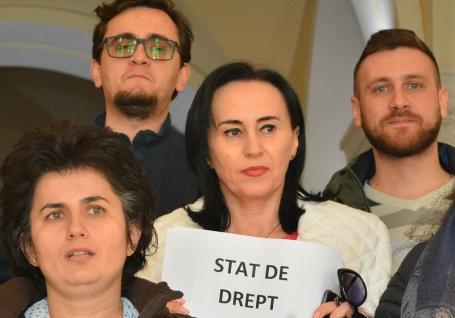Judecătoarea Crina Muntean de la Tribunalul Bihor, suspendată din magistratură pentru un interviu. Vezi cu ce a deranjat!