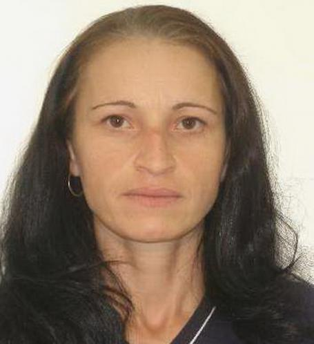 O femeie din Oradea dată în urmărire generală, după ce a fost găsită vinovată de moartea fiicei sale de 3 ani